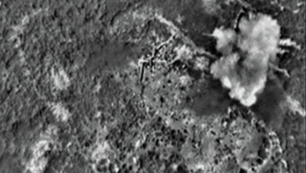 Самолеты российских ВКС нанесли точечный авиационный удар по складу боеприпасов отряда боевиков Исламского государствав районе Латакии