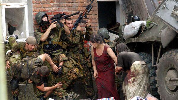 Штурм занятой боевиками школы в Беслане