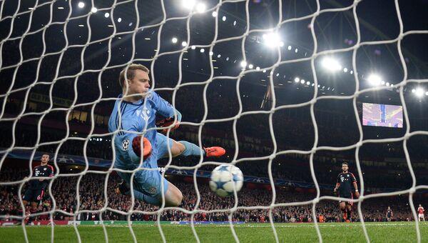 Эпизод матча Арсенал - Бавария в Лиге чемпионов, 20 октября 2015