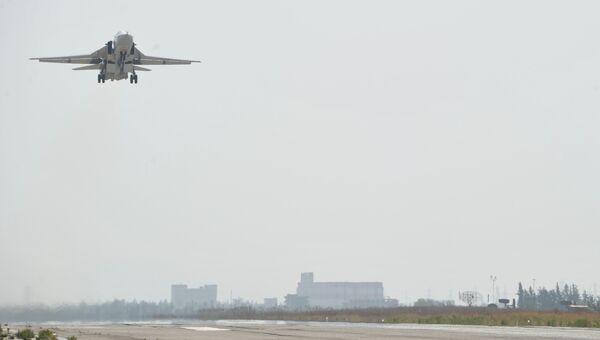 Российский самолет Су-24 в Сирии. Архивное фото