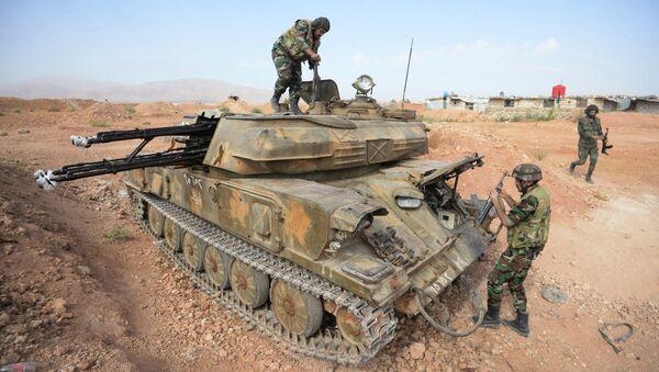 Бойцы 10-й дивизии 2-го корпуса САА у города Катана в Сирии. Архивное фото