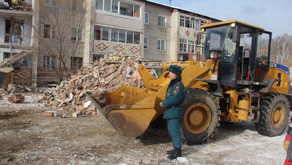 На месте взрыва газа в доме в поселке Корфовский в Хабаровском крае. Архивное фото