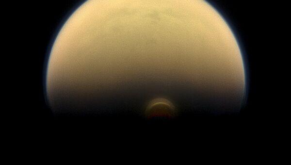 Изображение ледяного облака в южной полярной области Титана