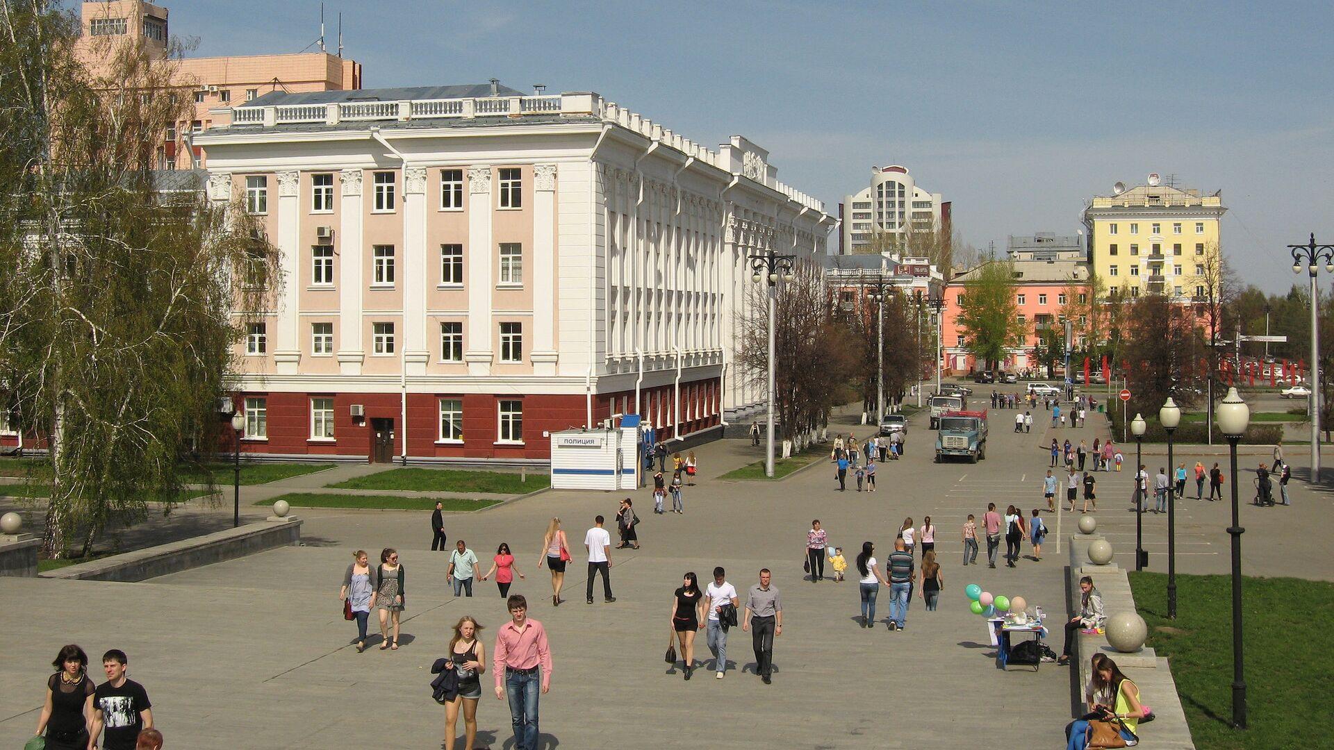 Врачи рассказали о состоянии пострадавших на батуте в Барнауле девочек