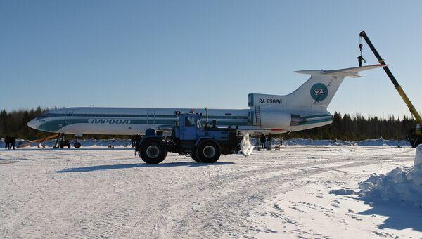 Аварийно севший в Коми самолет Ту-154 вылетел в Самару
