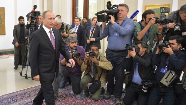 Рабочий визит президента РФ В.Путина в Иран. Архивное фото