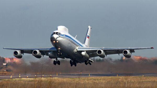 Самолет Ил-80