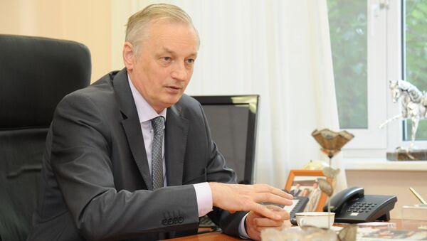 Евгений Шахматов
