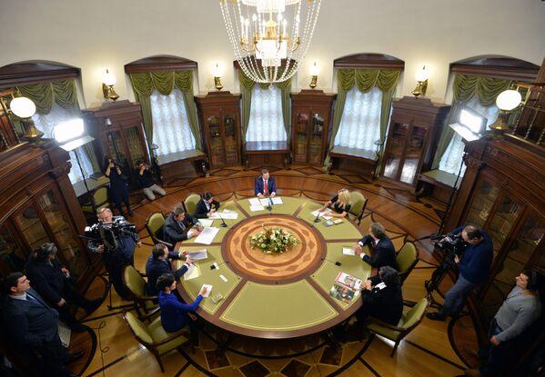 Рабочая встреча руководителя администрации президента РФ Сергея Иванова с делегацией Международного фонда защиты животных IFAW в Кремле