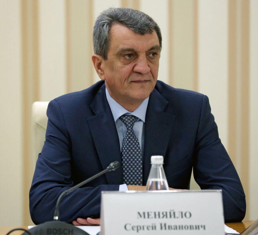 Губернатор Севастополя Сергей Меняйло на заседании Совета министров Крыма в Симферополе