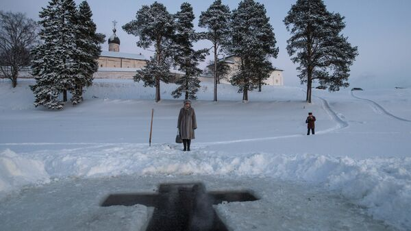 Крещенская иордань у стен Ферапонтова Белозерского Богородице-Рождественского монастыря в Вологодской области