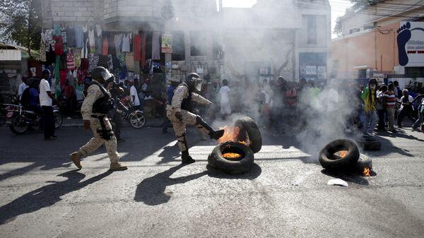 Беспорядки в Порт-о-Пренс, Гаити