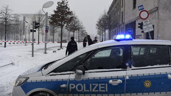 Полицейская машина на улице в Берлине, Германия