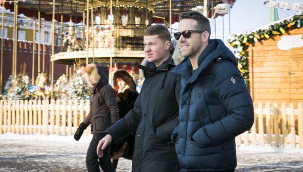 Актер Райан Рейнольдс на Красной площади в Москве. 24 января 2016