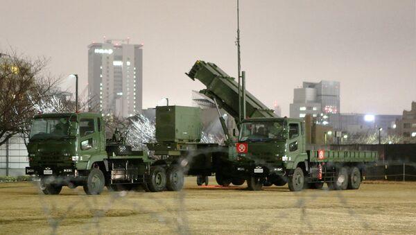 Зенитно-ракетный комплекс Patriot возле министерства обороны в Токио. Архивное фото
