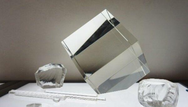 Легкое стекло  разрабатывают инженеры предприятия Швабе