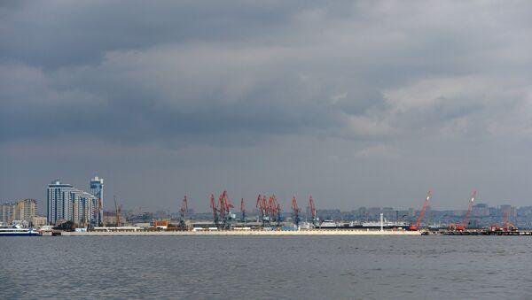 Морской порт в Баку. Архивное фото