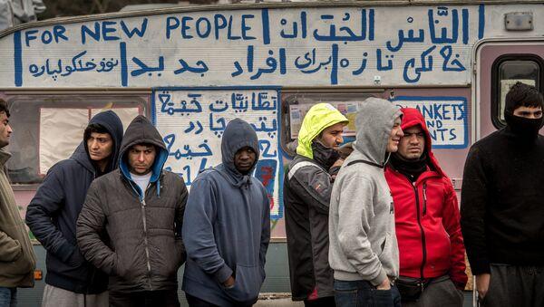 Лагерь для беженцев в Кале, Франция. Архивное фото