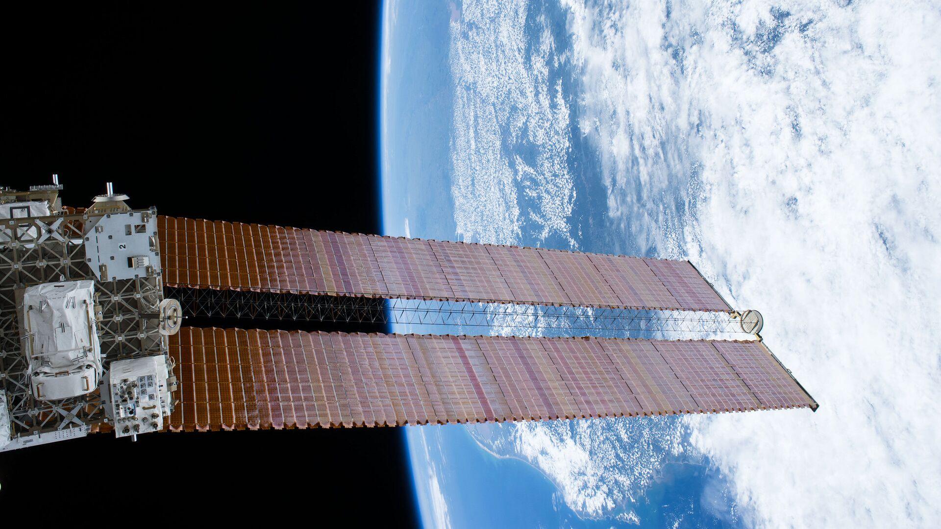 """В РКК """"Энергия"""" оценили эффективность работы космонавтов на МКС"""