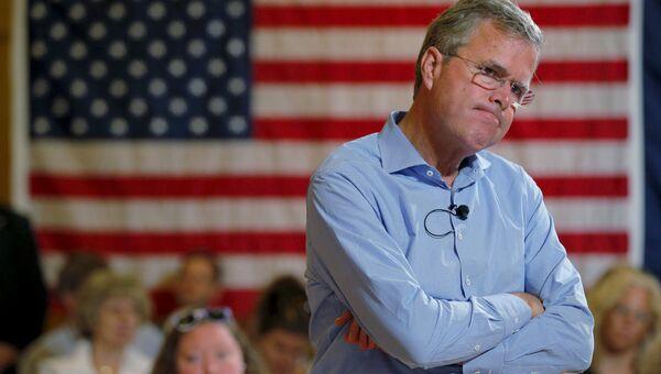 Кандидат-республиканец Джеб Буш выбыл из президентской гонки