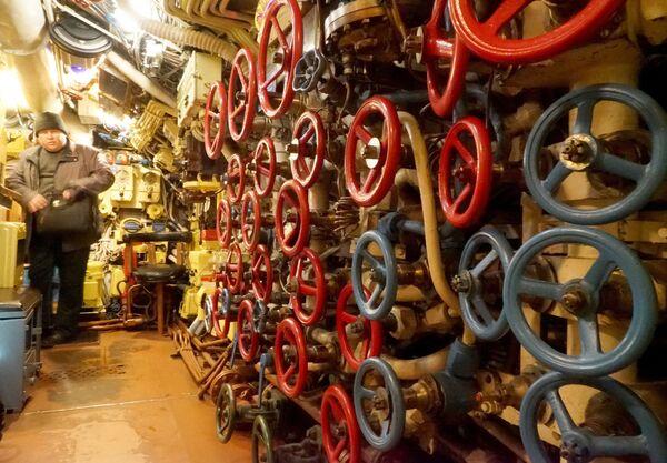 В машинном отделении подводной лодки Б-413 проекта 641, являющейся экспонатом Музея Мирового океана в Калининграде