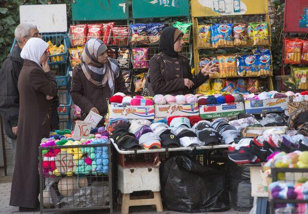 Уличная торговля в Дамаске в первый день перемирия