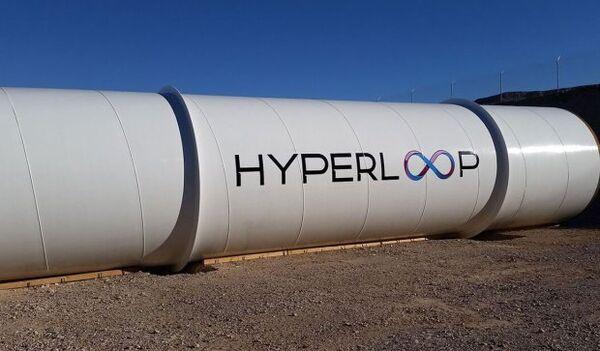 Труба компании Hyperloop Technologies. Архивное фото