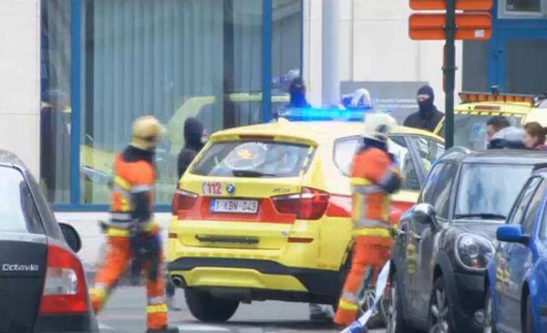 Службы спасения на месте взрыва в метрополитене Брюсселя. 22 марта 2016 год