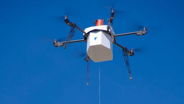В США беспилотник (БПЛА) Flirtey, работающий полностью в автономном режиме, доставил посылку в штате Невада