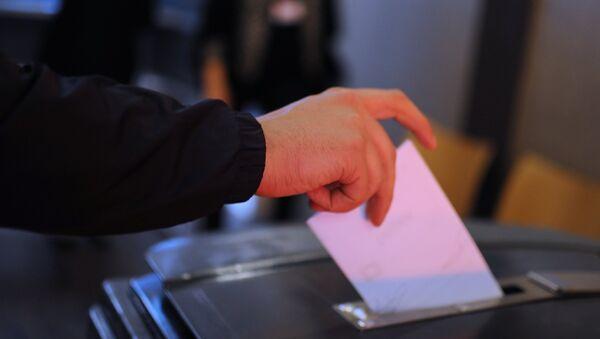 Во время голосования об ассоциации Украины с ЕС в Амстердаме