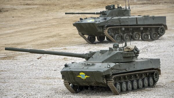 Самоходная артиллерийская установка с противотанковой пушкой Спрут-СД. Архивное фото
