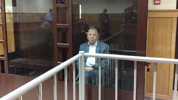 Депутат Заксобрания Санкт-Петербурга Вячеслав Нотяг в суде