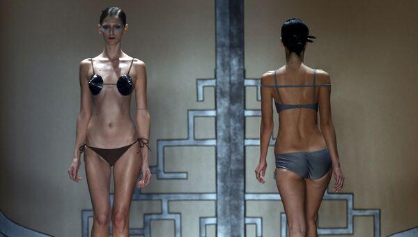 Показ коллекции Адрианы Дигрис в рамках недели моды Сан-Паулу