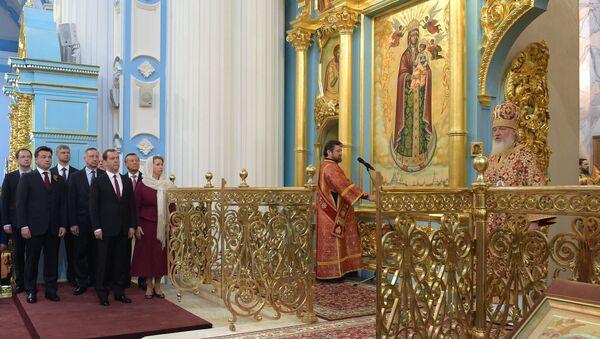 Премьер-министр РФ Д. Медведев принял участие в торжественной церемонии освящения Воскресенского собора Ново-Иерусалимского монастыря
