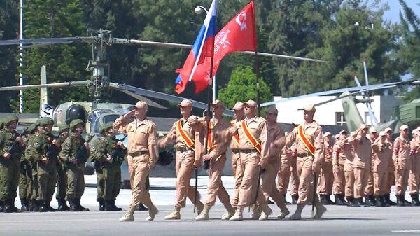 Парад в День Победы и праздничный концерт на авиабазе ВКС РФ в Сирии