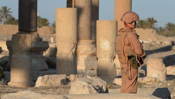 Российские военнослужащие охраняют территорию древней Пальмиры. Архивное фото