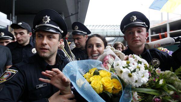 Певица Джамала в Международном аэропорту Борисполя. Украина