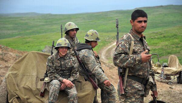 Военнослужащие армии обороны Нагорного Карабаха. Архивное фото