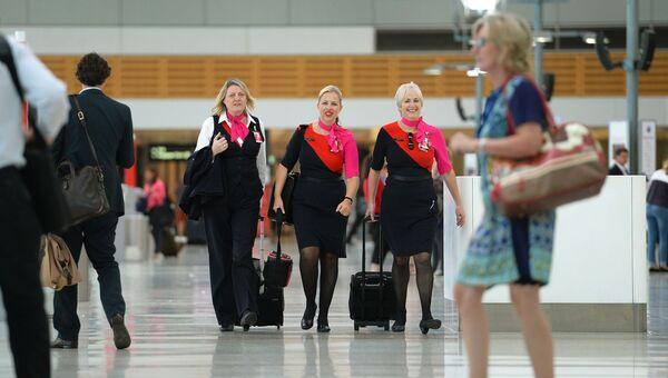 Бортпроводники авиакомпании Qantas в аэропорту Сиднея. Архивное фото