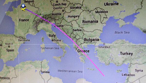 Траектория полета рейса авиакомпании Egyptair MS804 от Парижа до Каира