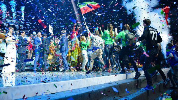 Фестиваль творческой молодежи Российская студенческая весна в Казани собрал более 3 тысяч студентов со всей России