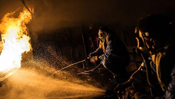 Военнослужащие проходят подготовку в учебно-тренировочном комплексе подводников. Архивное фото