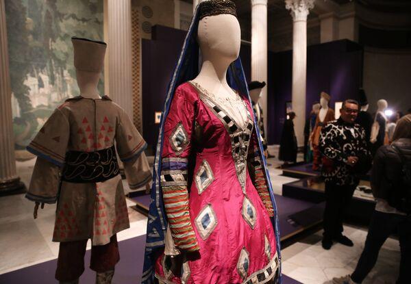 Открытие выставки «Больше, чем мода»