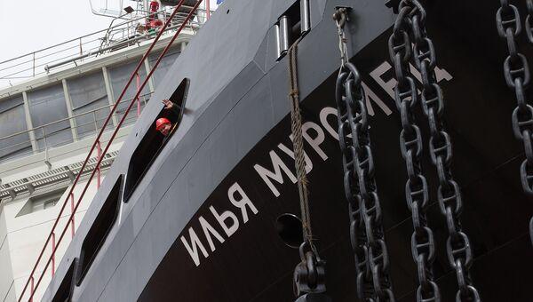 Дизель-электрический ледокол проекта 21180 Илья Муромец, построенный для ВМФ России, на АО Адмиралтейские верфи. Архивное фото