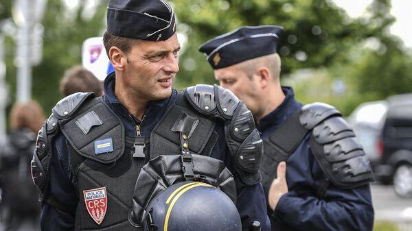 Сотрудники полиции национальной безопасности в Словакии. Архивное фото