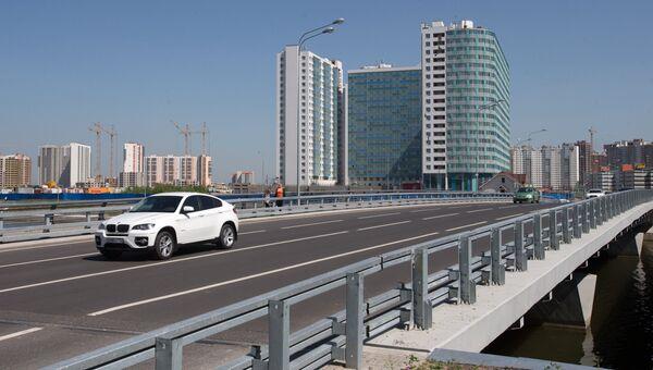 Мост через Дудергофский канал в Красносельском районе Санкт-Петербурга