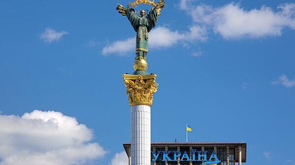 Монумент Независимости на Майдане Незалежности в Киеве, Украине. Архивное фото