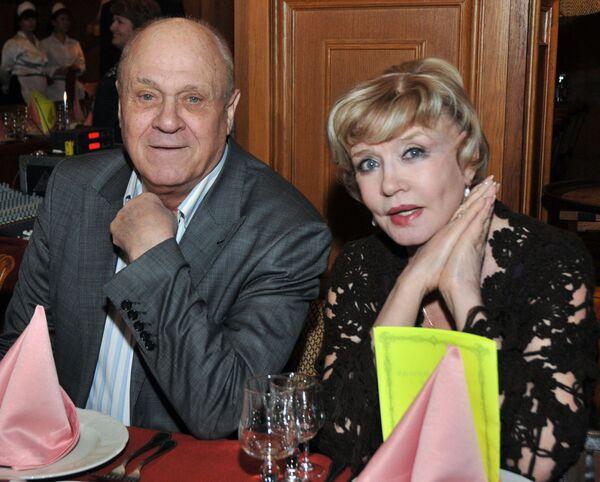Режиссер Владимир Меньшов с супругой актрисой Верой Алентовой