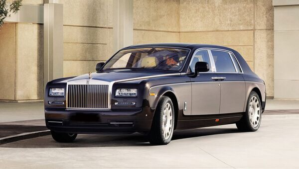 Автомобиль Rolls-Royce Phantom. Архивное фото