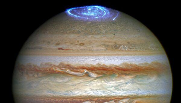 Полярное сияние на Юпитере, полученное с помощью телескопа Хаббл. Архивное фото